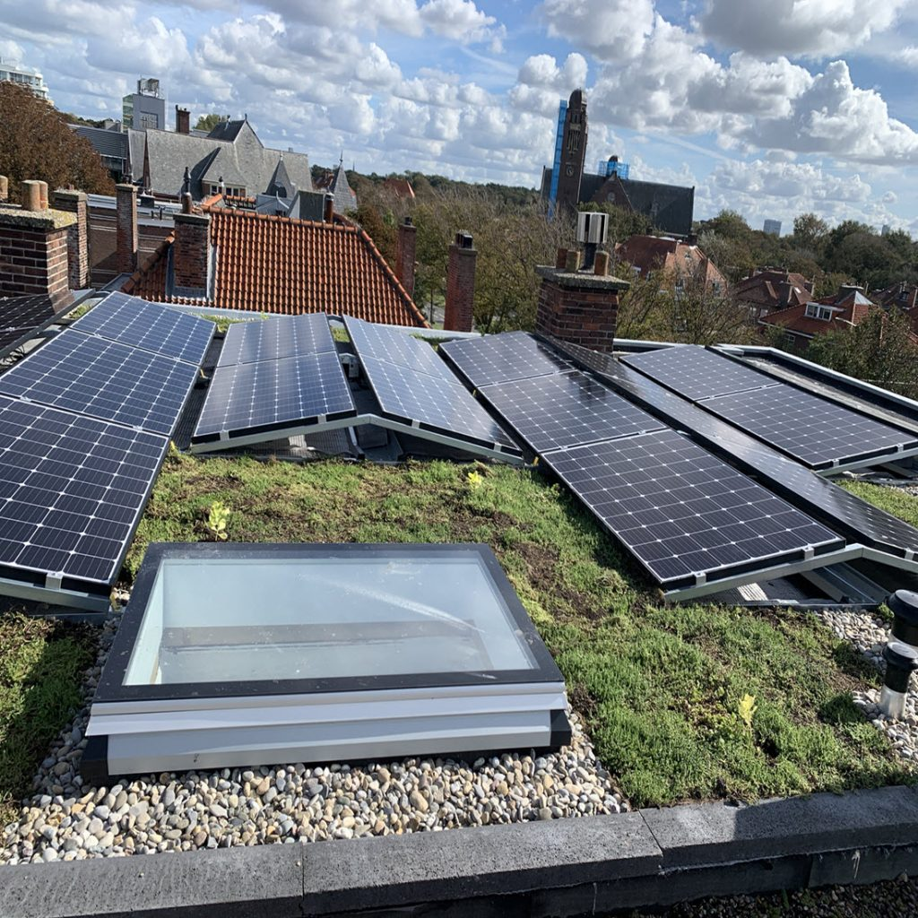 groen dak zonnepanelen Scheveningen Belgisch Park Den Haag